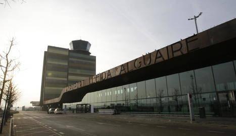 La boira torna a deixar Alguaire sense vols britànics