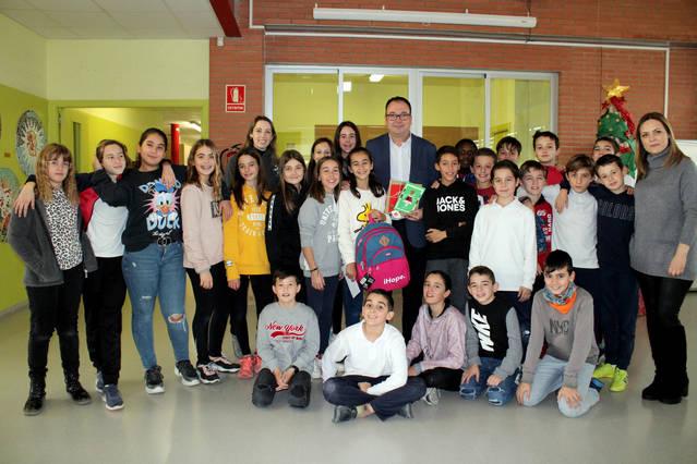 La creació d'una alumna del Dr. Serés il·lustrarà la felicitació nadalenca de l'Ajuntament d'Alpicat