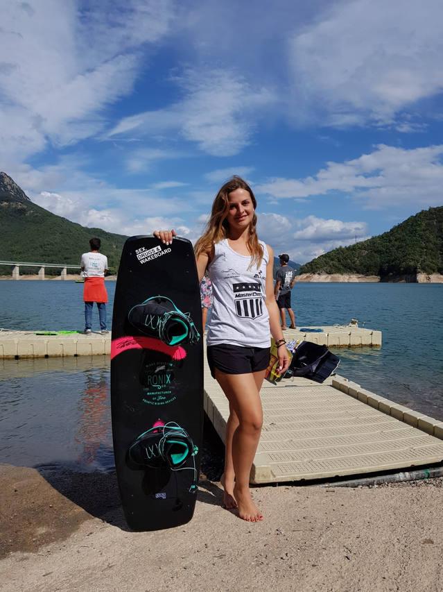 La lleidatana Cristina Riu, subcampiona en el debut del Club Lleida Ski&Wake al Campionat d'Espanya