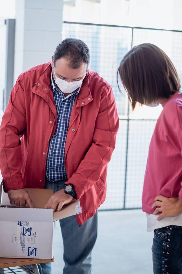 L'Ajuntament de Rosselló lliura 400 mascaretes reutilitzables a l'alumnat de les escoles municipals