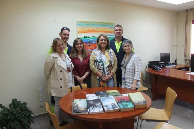 L'Ajuntament d'Aitona dona una col·lecció de llibres al Centre Penitenciari de Ponent