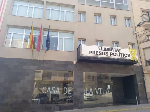 L'Ajuntament d'Alcarràs s'uneix a la vaga
