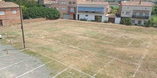 L'Ajuntament d'Alfarràs posa a disposició del veïnat un aparcament gratuït al centre del poble