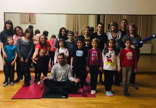 L'Ajuntament d'Alguaire organitza un taller de ioga per a famílies