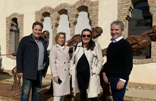 L'escultor Eduardo Chillida Belzunce visita Almacelles