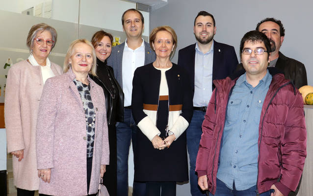 Mariàngela Vilallonga presideix la celebració del 30è aniversari de la biblioteca de La Granja d'Escarp