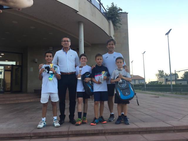 Martí Franco, campió del vespre i nit del CT Lleida en la categoria benjamí