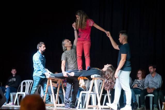 Més de 1.000 persones en l'espectacle de l'hipnotitzador Jeff Toussand