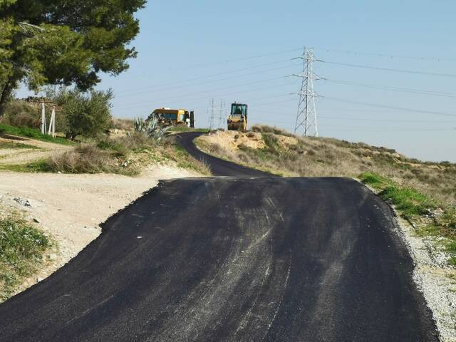 Montoliu de Lleida arranja i asfalta el Camí de les Eres, que voreja el sud del nucli urbà