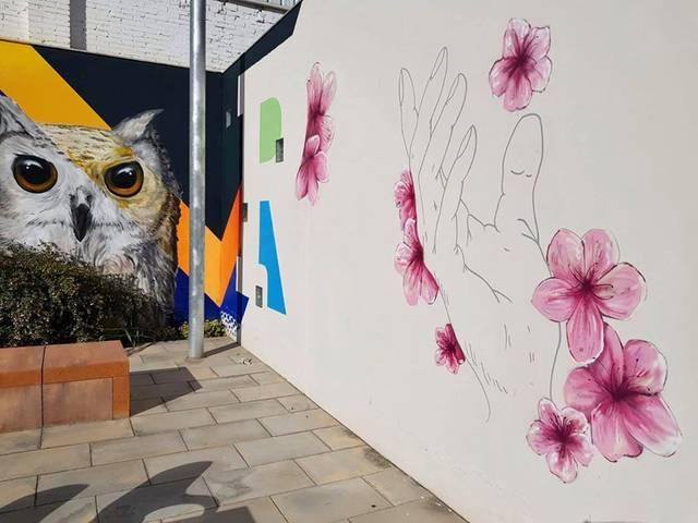 Mural a Torres de Segre per homenatjar el personal sanitari, voluntariat i veïns i veïnes