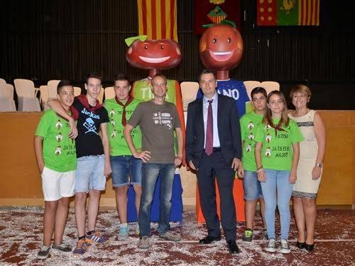 Neix un nou gegantó a Aitona per la Festa Major de Sant Gaiet