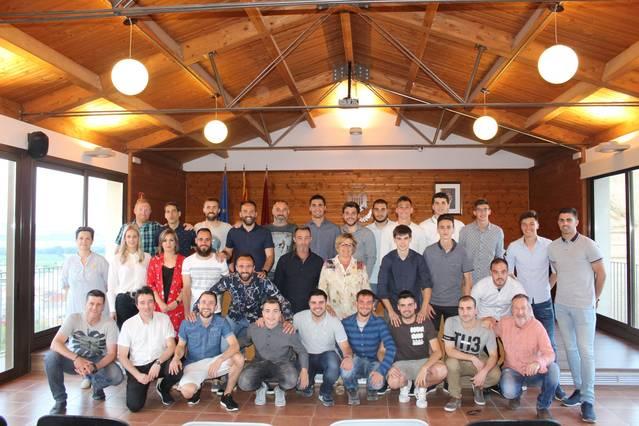 Recepció oficial a l'Sporting de Pinyana a l'Ajuntament d'Almenar