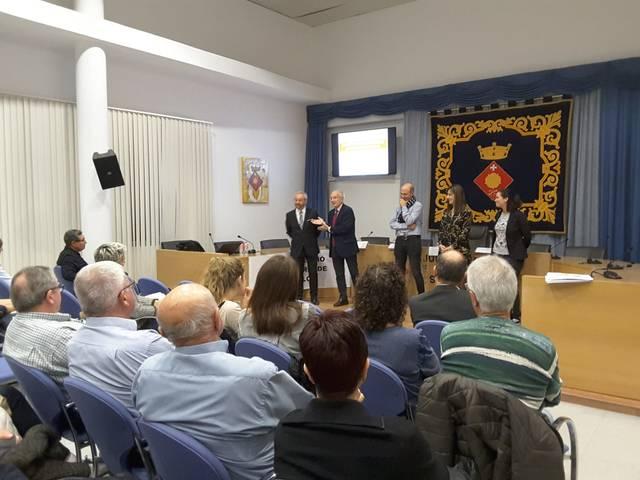 Rosselló inaugura l'Aula d'Extensió Universitària