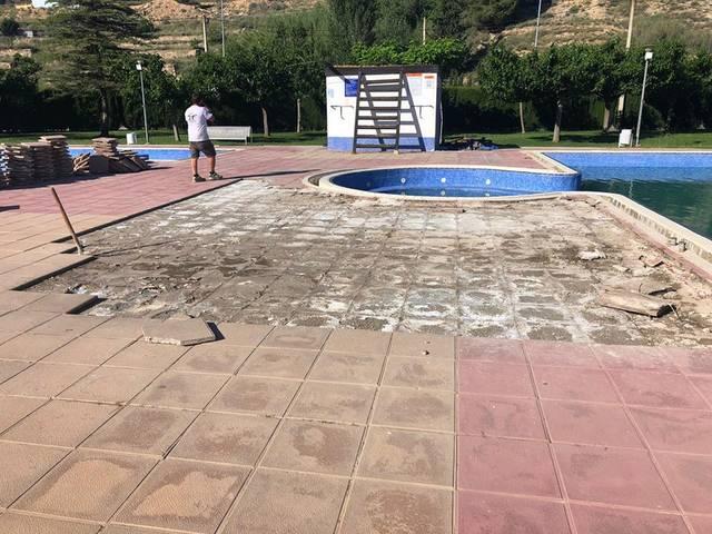 Seròs també posa a punt les seves piscines municipals amb l'esperança de poder gaudir-les aquest estiu