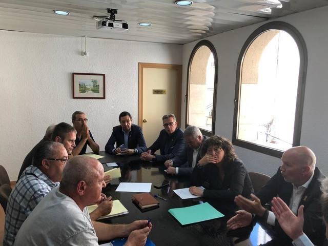 Talarn participa a Flix en la reunió amb la conselleria d'Agricultura i els afectats pels incendis del 26 de juny