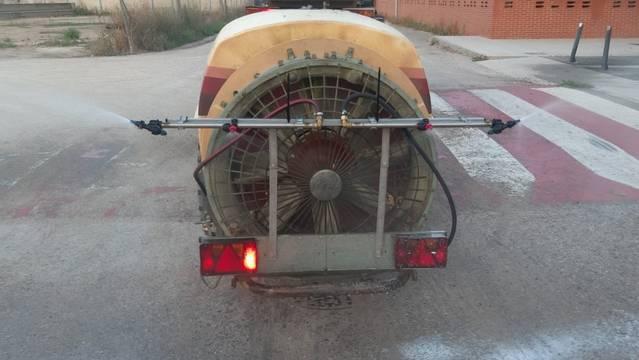 Torres de Segre recupera les desinfeccions de la via pública amb tractor