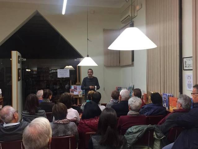 Vespre literari a la biblioteca d'Alguaire