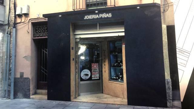 TALLER JOIERIA PIÑAS