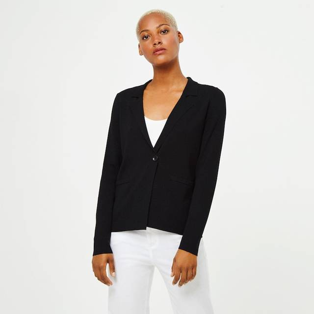Americana de mujer Surkana de tricot negra