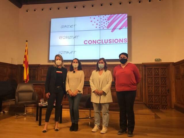 La llevadora Yolanda Florensa signa a l'IEI la segona jornada del cicle 'Dona i Salut'