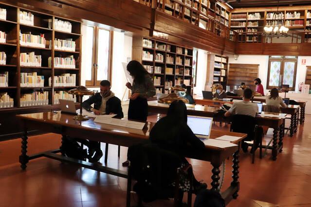 La Biblioteca de l'IEI enceta el II Seminari de lectura i transcripció de documents