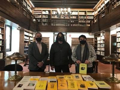L'Ajuntament de Bellpuig dona a l'IEI tots els volums publicats fins al moment dins als Premis Valeri Serra de Cultura Popular
