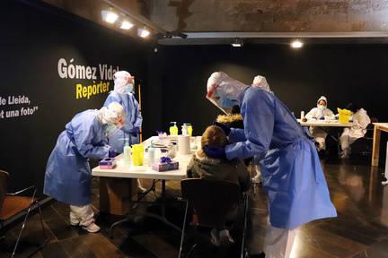 L'Institut d'Estudis Ilerdencs acull avui i demà nous cribatges de tests ràpids del coronavirus